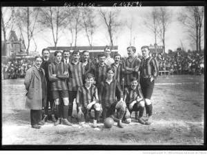 スタッド・エルヴェチック・ドゥ・マルセイユ(Stade Helvétique de Marseille) 1909年に優勝した。