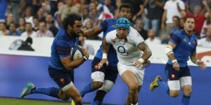 フランス対イングランド 夏2015年:ウジェ選手のすごい動き
